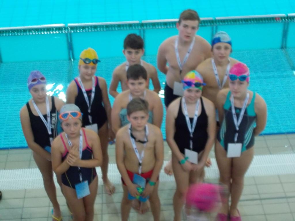 Finał wojewódzki w  drużynowym pływaniu