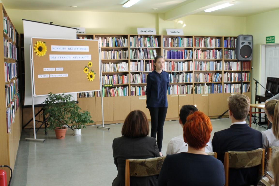 Powiatowe eliminacje Konkursu Recytatorskiego
