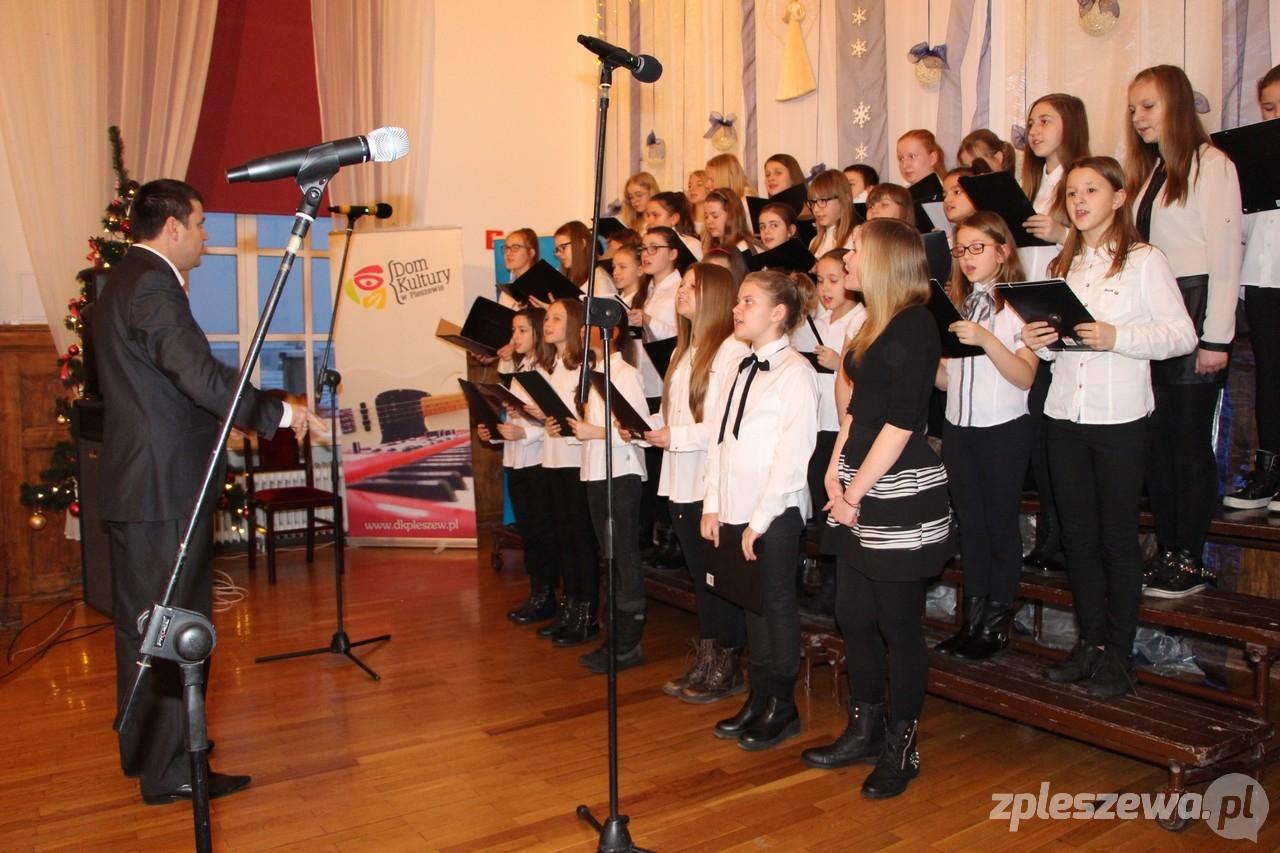Wspaniały występ naszego szkolnego chóru!