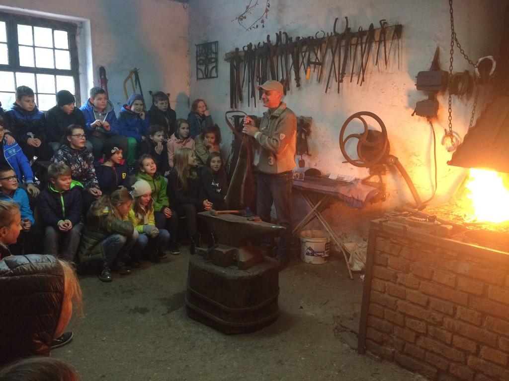 Wycieczka piątoklasistów do Kluczewa