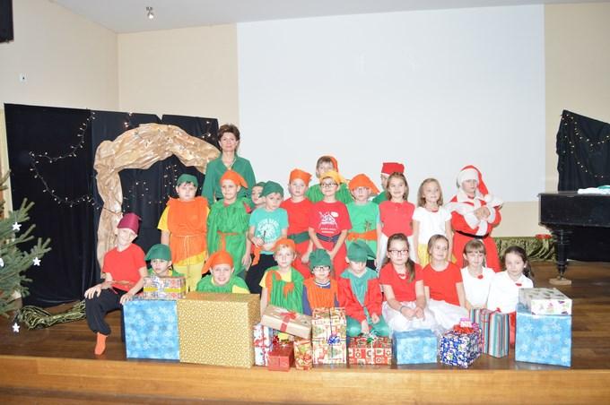 Skrzaty, elfy i Mikołaj