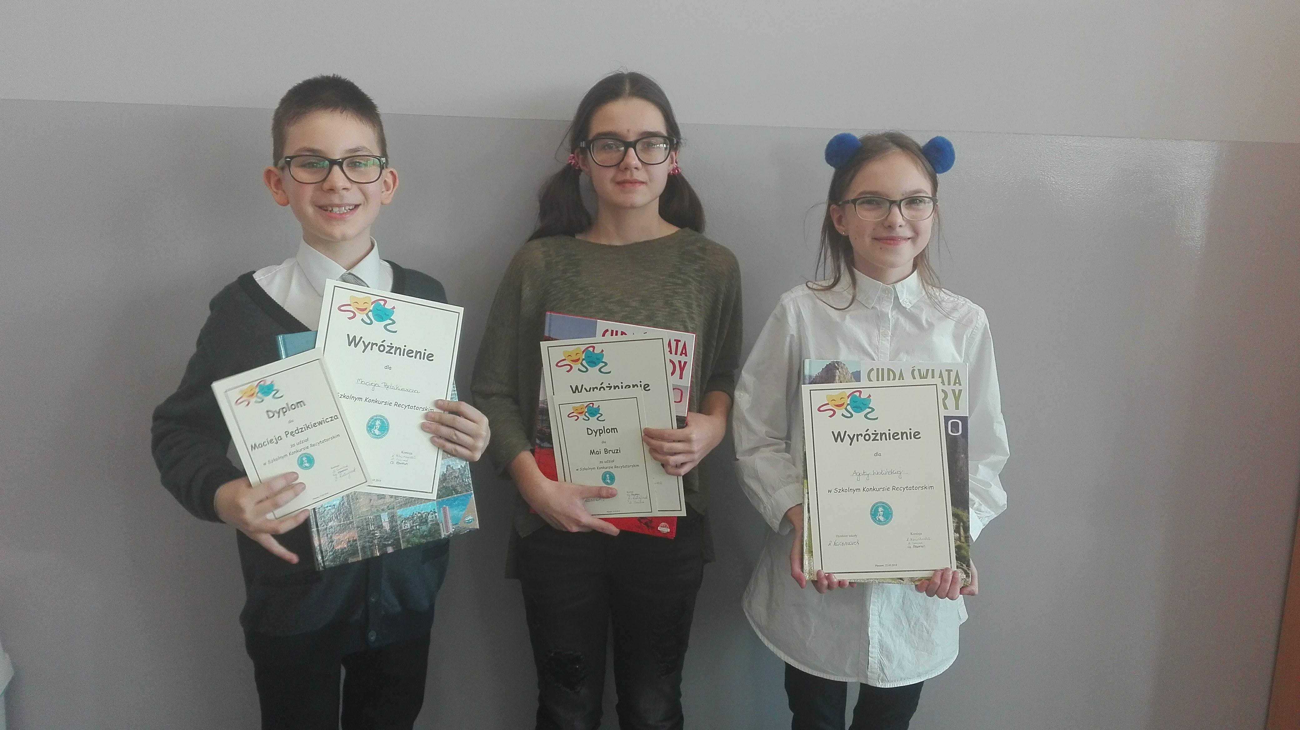 Szkolny Konkurs Recytorski dla uczniów klas IV-VI