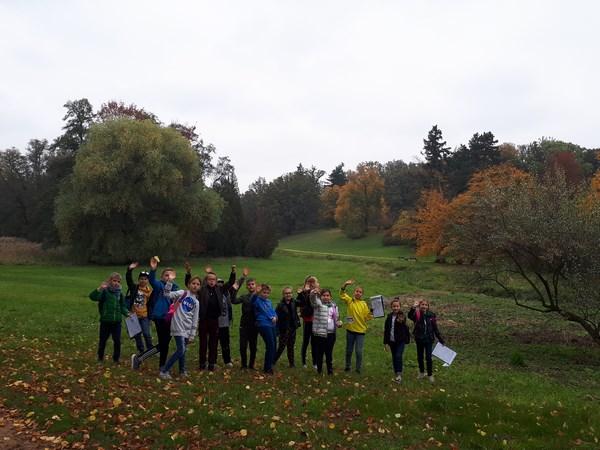 Powitanie jesieni przez trzecioklasistów