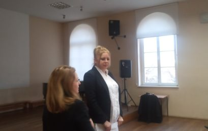 Kilka słów o spotkaniu rodziców uczniów klas I-IV z psychologiem  p. Anną Leśniak-Jarecką