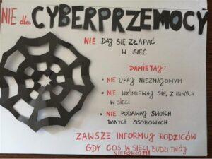 Plakat dotyczący zapobieganiu cyberprzemocy